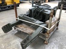 Wyposażenie ciężarówek Stojak na koła Tyre Handler UHL 2950