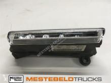 Резервни части за тежкотоварни превозни средства Mercedes Dagrijlicht rechts втора употреба