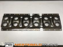Repuestos para camiones Volvo Bevestigingsframe carterpan motor usado