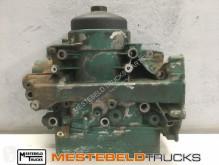 Volvo Oliekoeler / Filter D7 motore usato