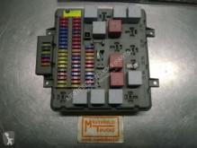 Резервни части за тежкотоварни превозни средства DAF Zekeringkast LF45 втора употреба