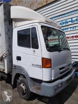 Repuestos para camiones cabina / Carrocería Nissan Atleon Cabine pour camion 110.35, 120.35