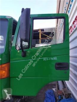 Repuestos para camiones Nissan Atleon Porte pour camion 140.75 usado