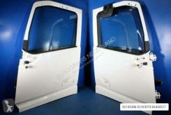 Cabina / carrozzeria Volvo Porte FH4 Portieren 82183386 RH 82183078 LH pour tracteur routier neuve