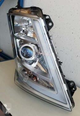 Ricambio per autocarri Volvo Phare xenon koplamp RE te koop pour tracteur routier FH4 usato