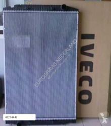 Охлаждане Iveco Stralis Radiateur de refroidissement du moteur pour tracteur routier neuf