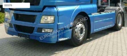قطع غيار الآليات الثقيلة مقصورة / هيكل MAN TGA Aileron zijskirt sideskirts chassisskirts pour tracteur routier tgx euro 5 neuf