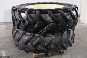 Pneumatiky Pirelli 460/85R38 Banden met velgen