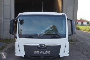 Náhradné diely na nákladné vozidlo kabína/karoséria kabína MAN F99L17 TGS TG3 NEW