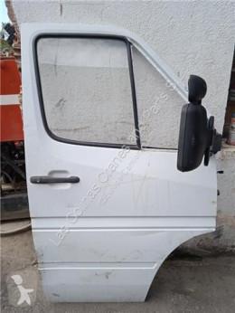 Pièces détachées PL Porte pour camion MERCEDES-BENZ SPRINTER 4.6-t Furgón (906) 413 CDI