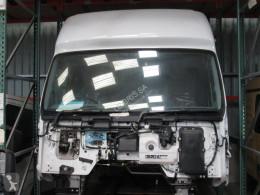 قطع غيار الآليات الثقيلة Renault Premium مقصورة / هيكل مستعمل