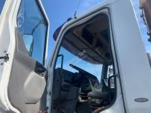 Vedere le foto Camion Renault KERAX
