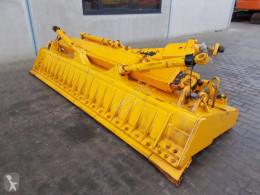 Vybavenie stavebného stroja radlica Komatsu D65 Blade