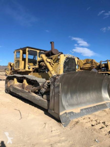 Caterpillar D9H bulldozer used
