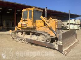 Komatsu D65E-8 bulldozer sur chenilles occasion