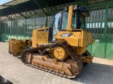 Bulldozer Caterpillar D 6 N XL bulldozer de cadenas usado