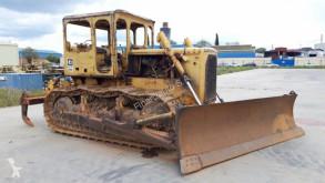Caterpillar D6C D6C bulldozer sur chenilles occasion