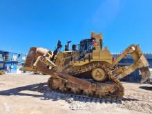 Caterpillar D9T überholter Motor mit nur 400H und Heckaufreißer buldozer na pásech použitý