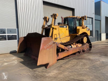 Caterpillar D8T bulldozer de lagartas usado