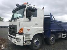 камион Hino 3241