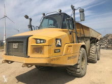 Knikdumper Caterpillar 730