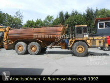 Tombereau articulé Caterpillar D300 / Wasserfass/Water 26500L