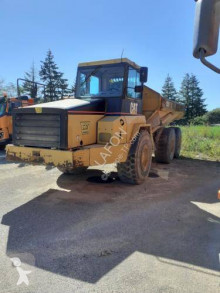 Caterpillar tweedehands knikdumper