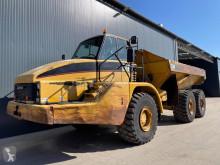 عربة قلابة Caterpillar 735 عربة قلابة مفصلية مستعمل