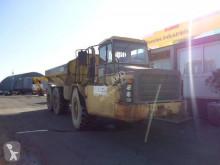 Dumper articulado Caterpillar D250E