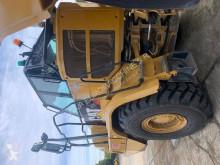Vedeţi fotografiile Autobasculantă Caterpillar 730 C