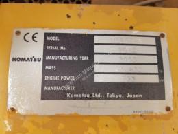 Vedeţi fotografiile Autobasculantă Komatsu HD605-5