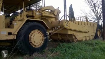 Décapeuse automotrice - scraper Caterpillar 631B