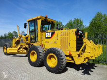 niveladora Caterpillar 140K with 650 hours