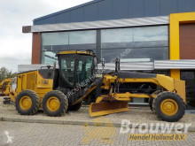 grejdr Caterpillar 120m