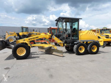 niveladora New Holland F106.6A
