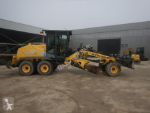 Niveleuse New Holland F 106.6 A