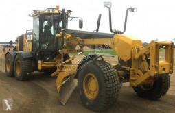 Niveladora Caterpillar 140M AWD usada