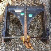 Caterpillar TH handling part used masts
