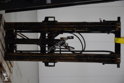 Toyota Triplex mast handling part used masts