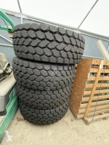 Pièces manutention pneus XGC 445/80R25 neufs