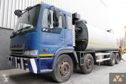 obras de carretera pulverizador Hino