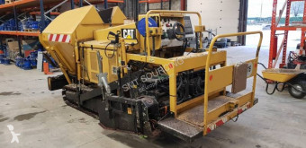 Finisseur Caterpillar BB621E