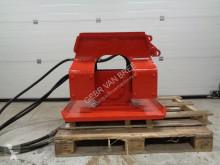 Дорожно-строительная техника koop trilblok/trilplaat minigraver/graafmachine б/у