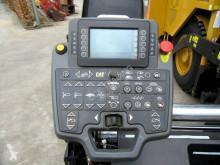 Преглед на снимките Пътностроителна техника Caterpillar AP500F