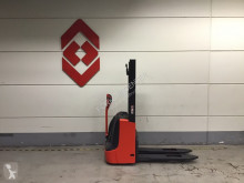 Transpallet guida in accompagnamento Linde L10 B Pedestrian pallet stacker