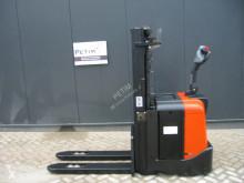 BT SPE 160 L stacker