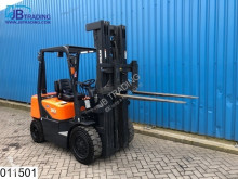 Doosan D30 Max H 5,60 mtr, Max 3000 kg, 35 KW, 490 Hours used electric forklift
