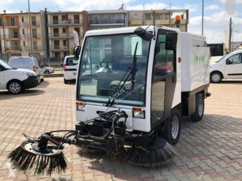 Vedere le foto Veicolo per la pulizia delle strade nc Bucher CC 20.00