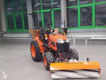 Kubota B1181 incl Frontkehrmaschine gebrauchte Kehr-/Reinigungsmaschine
