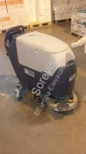 Zametací-čisticí stroj Nilfisk BA 451